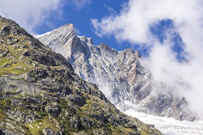 Switzerland, Canton of Uri, Goeschenen, Goescheneralp, Moosstock in Chelenalp valley — Stock Photo