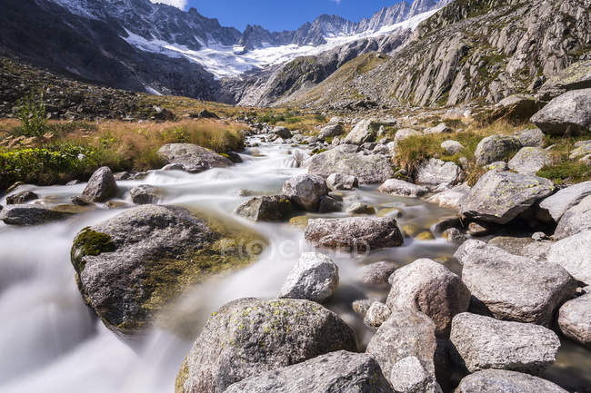 Switzerland, Canton of Uri, Goescheneralp, mountain stream Dammareuss, Dammastock glacier — Stock Photo