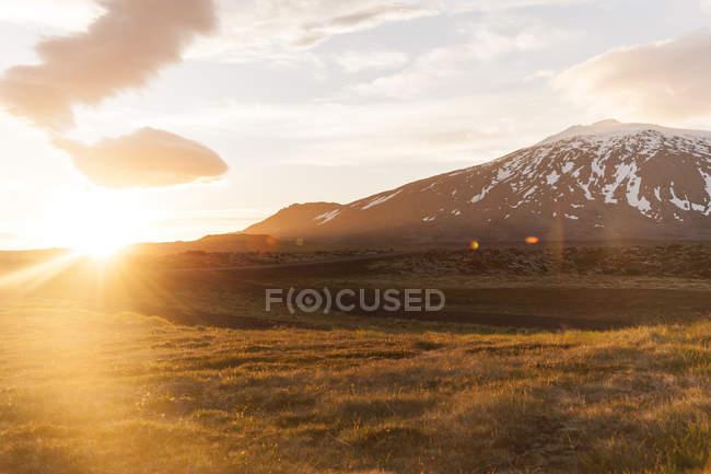 Landscape in midnight sun, Iceland — Stock Photo