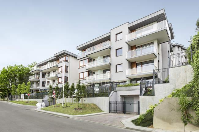 Pologne, Gdynia. Vue diurne des immeubles d'habitation — Photo de stock
