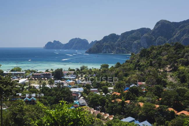 Thailand, Andaman Sea, View of Ko Phi Phi Island during daytime — Stock Photo