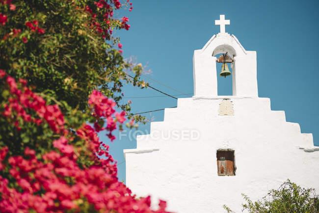 Griechenland, Amorgos, Blick auf typische Kirche tagsüber — Stockfoto