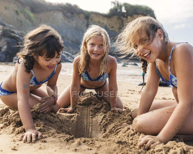Bend over bikini girls, tiny embarrassed teens nude