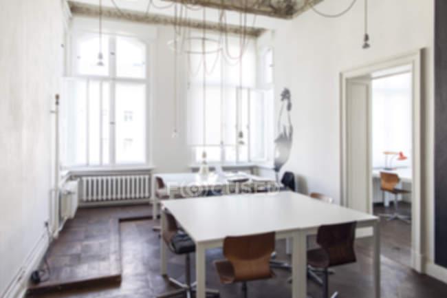 Intérieur de la salle vide dans un bureau modern — Photo de stock