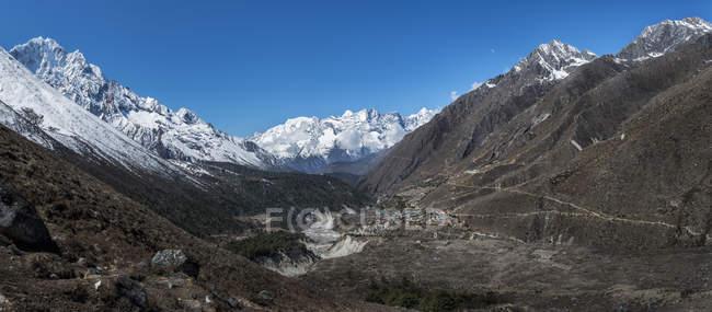 Днем Непал, Гималаи, Кхумбу, Пангбоче — стоковое фото