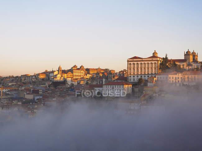 Порто в світлі раннього ранку — стокове фото