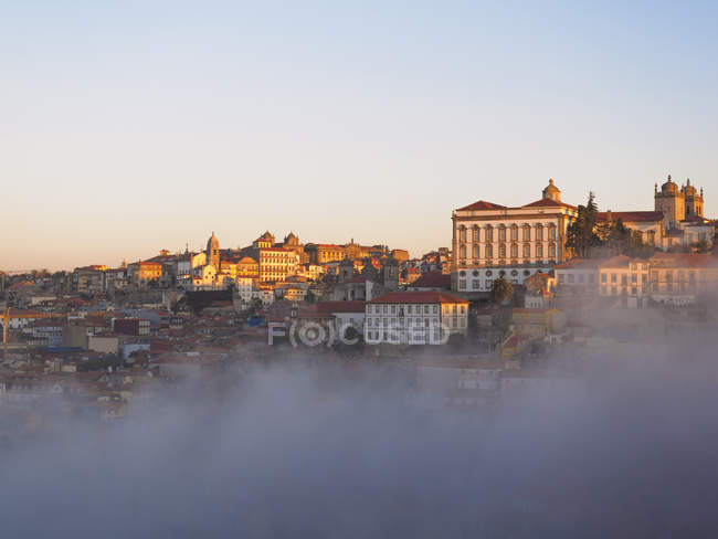 Porto in early morning light — Stock Photo
