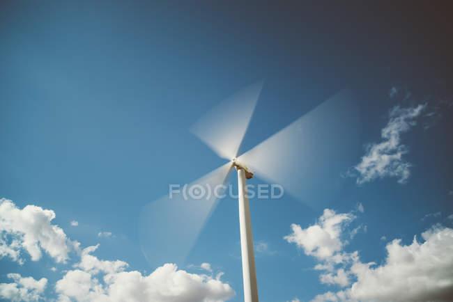 Rotating wind wheel — Stock Photo
