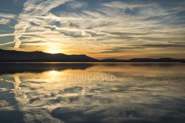 Германия, Озеро Констанция, полуостров Хури на закате — стоковое фото