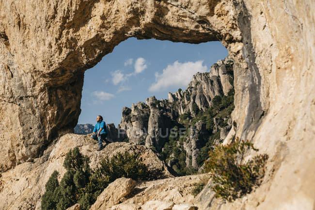 Іспанія, Таррагона, природний парк дель порти, мандрівного, дивлячись на вид — стокове фото