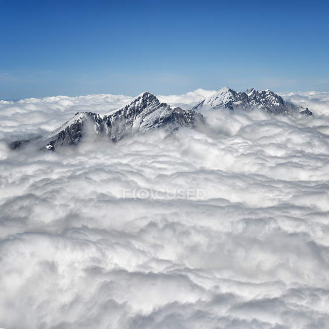 Швейцария, Западные Бернские Альпы, Гастернталь, Бальмхорн, Закенграт в дневное время — стоковое фото