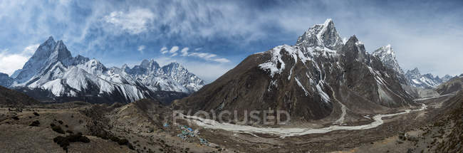 Nepal, Himalaya, Khumbu, regione dell'Everest, Ama Dablam e Taboche — Foto stock