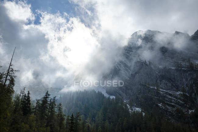 Берсгаденские Альпы, гора Тейтер, облака — стоковое фото