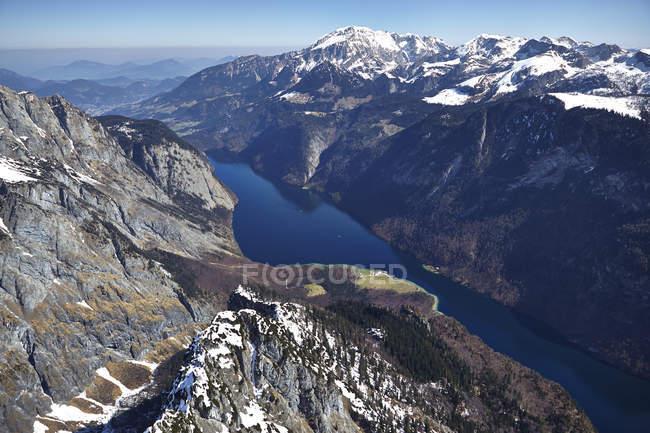 Vista aérea de Alemanha, Baviera, Alpes com lago Koenigssee — Fotografia de Stock
