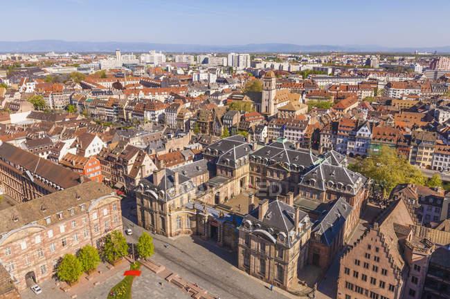 Vista sulla città vecchia e Palais Rohan, Strasburgo, Alsazia, Francia — Foto stock