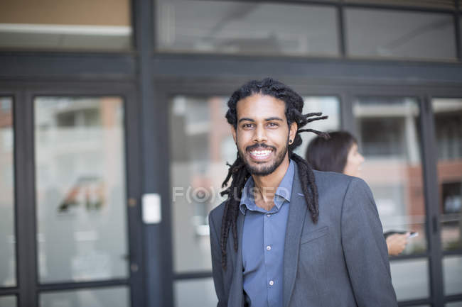Portrait of a young african american businessman — Stock Photo