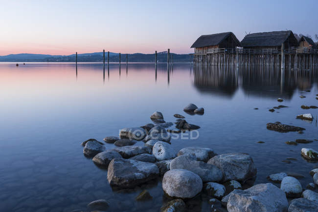 Германия, Озеро Констанция, свайные жилища в Унтерулдингене — стоковое фото