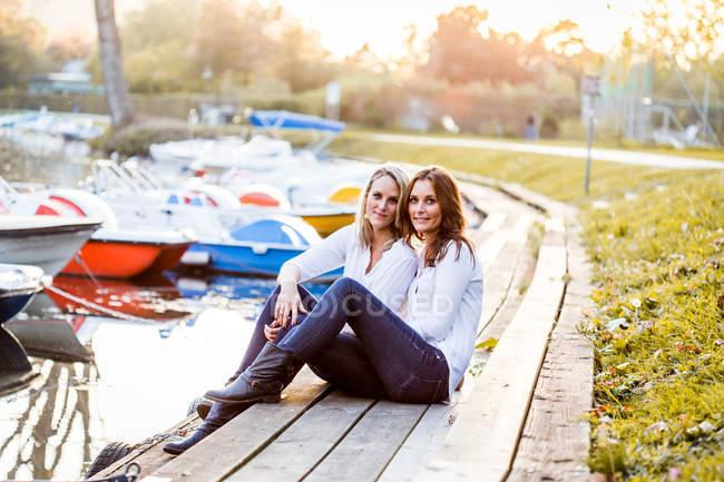 Lesbian couple in love — стоковое фото