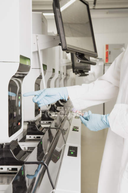 Cropped image of Scientist working in laboratory — Stock Photo