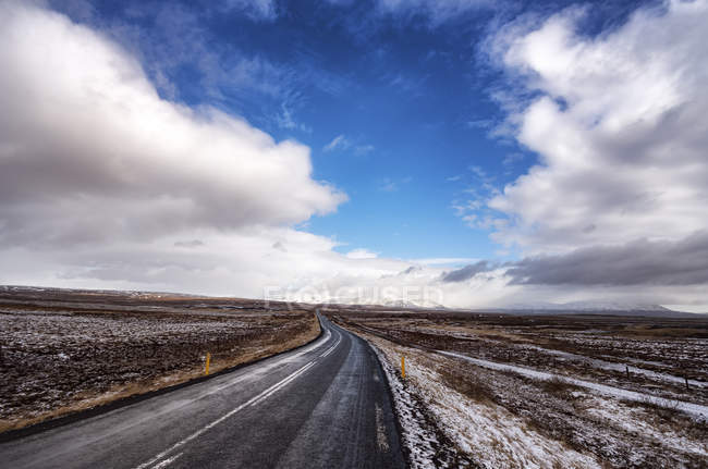 Ісландія, Minniborgir шосе 37, дорога денний час — стокове фото