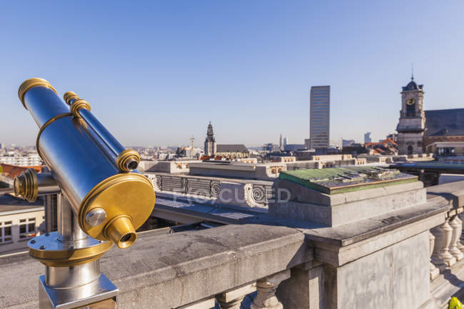 Belgium, Brussels, View from Place Poelaert, Telecsope on viewing platform — Stock Photo