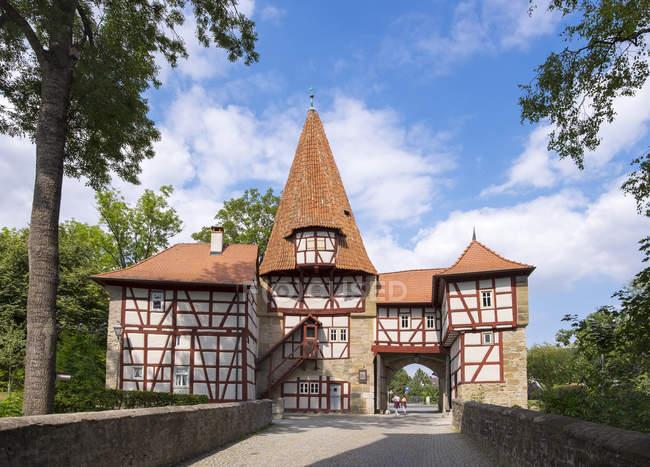 Германия, Бавария, Ифофен, внешняя сторона ворот Редельзе — стоковое фото