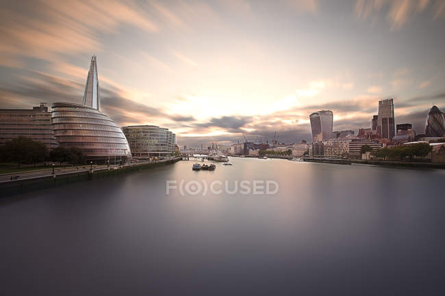 UK, London, view to office buildings at financial districts, long exposure — Stock Photo