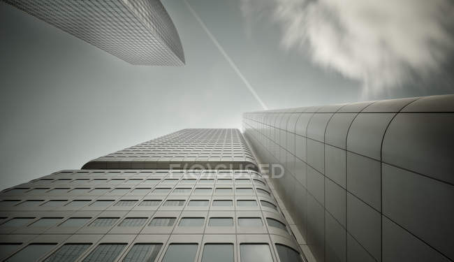 Germany, Hesse, Frankfurt, Silver tower, low angle view — Stock Photo