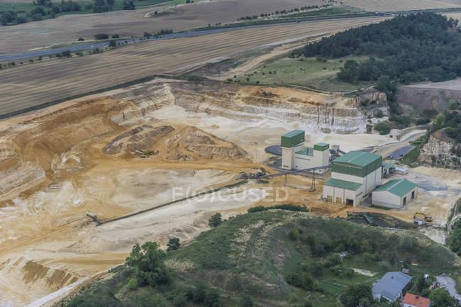 Vue aérienne de la fosse de sable de quartz de jour, Quedlinburg, Allemagne — Photo de stock