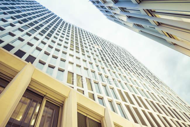 Alemania, Berlín, Europacity, fachadas de edificios modernos - foto de stock