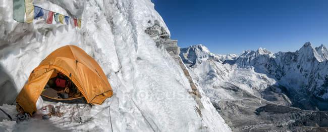 Nepal, Himalaya, Solo Khumbu, Camp 3, Ama Dablam South West Ridge — Stock Photo