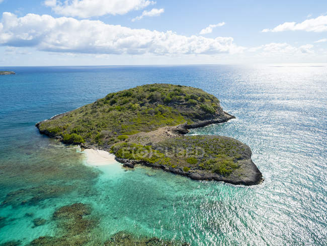 West Indies, Antigua and Barbuda, Antigua, aerial view, York Island, Great Deep Bay — Stock Photo