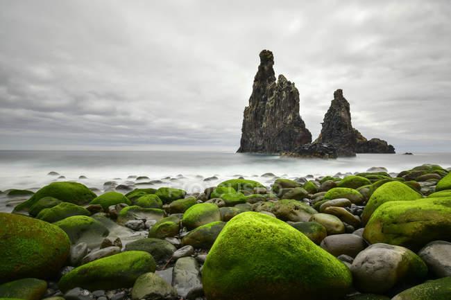Португалия, Мадрид, побережье Роки, скалы — стоковое фото
