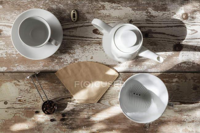 Вид зверху аксесуарів для підготовки фільтр кави — стокове фото