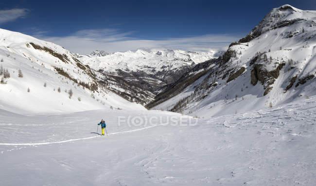 France, Hautes Alpes, Ecrins National Park, Archinard, La Coupa, Ski mountaineering — Photo de stock