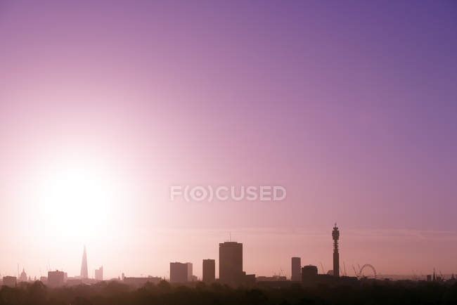 UK, London, skyline with St Paul's Cathedral, The Shard, BT Tower and London Eye in morning light — Stock Photo