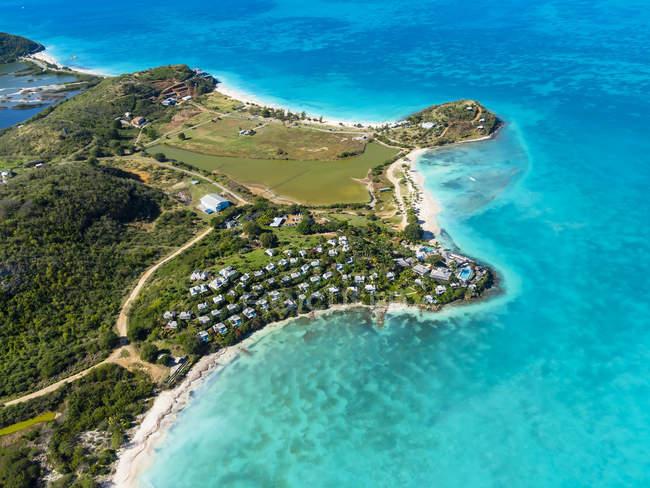 Westindische Inseln, Antigua und Barbuda, Antigua, Luftaufnahme, Jolly Harbour und Cocobay Resort — Stockfoto