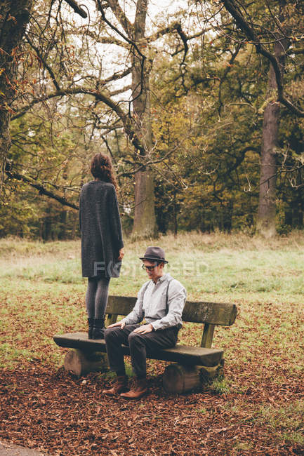 Young couple with difficult relationship — Stock Photo