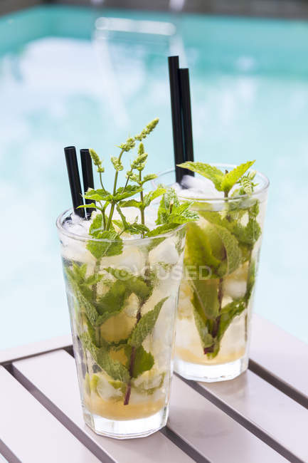 Close up of Two glasses of Mojito — Stock Photo