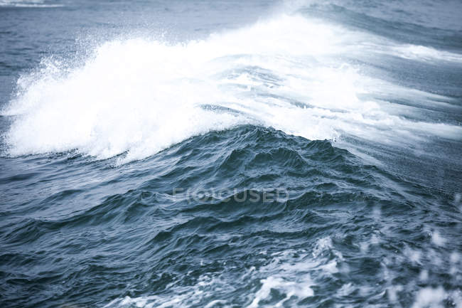 Bulgaria, Black Sea, Splashing waves — Stock Photo