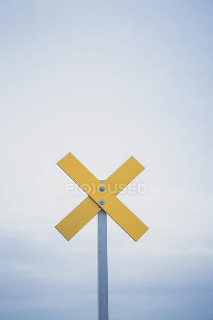 Allemagne, Brandebourg, marque de navigation sur la rivière Oder — Photo de stock