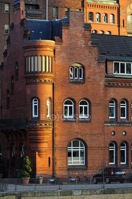 Deutschland, Hamburg, Speicherstadt, Backsteinbau tagsüber — Stockfoto