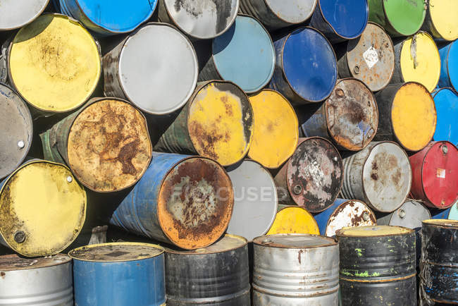 Bulgaria, cumulo di barili di petrolio — Foto stock