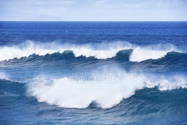 Etats-Unis, Hawaii, Maui, vagues à Hookipa Beach — Photo de stock