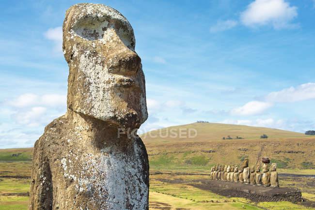 Cile, Isola di Pasqua, moai ad Ahu Tongariki — Foto stock