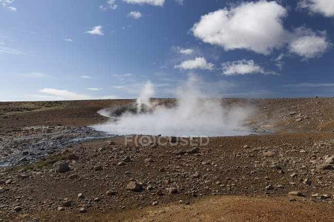 Iceland, Reykanes, geothermal spring Austurengjahverir — Stock Photo
