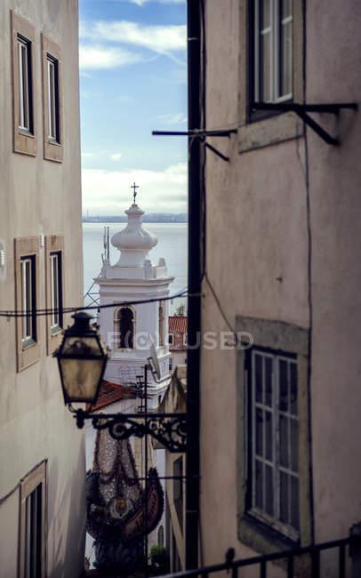 Beco de Portugal, Lisboa, no bairro de Alfama — Fotografia de Stock
