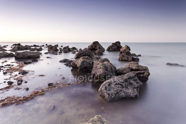 South America, Brazil, Recife, Ponta de Pedras, rocky coast — Stock Photo