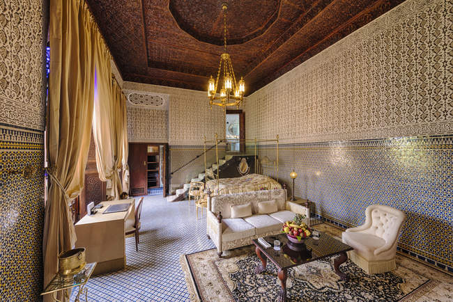 Morocco, Fes, Hotel Riad Fes, hotel suite interior — Stock Photo