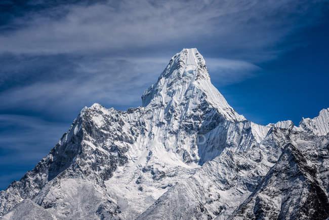 Nepal, Khumbu, Everest Region, Namche Basar, ama dablam Berg tagsüber — Stockfoto